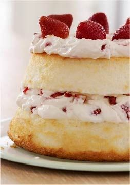 Strawberry & Cream Angel Cake | Cocinando con Alena