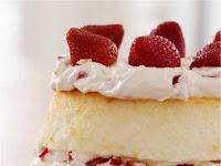 Strawberry & Cream Angel Cake