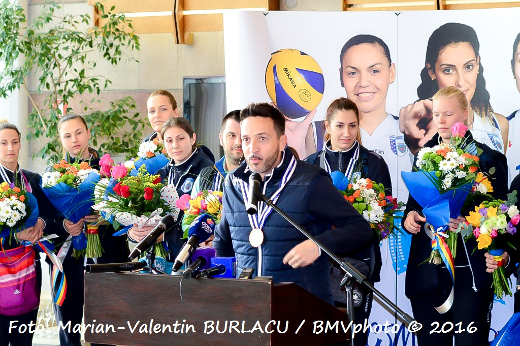 VOLEI / CHALLENGE CUP 2015/2016: CSM Bucuresti a adus acasa trofeul cucerit in Turcia (VI)