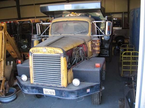 1970 International Harvester M623 Dump Truck - Old Truck