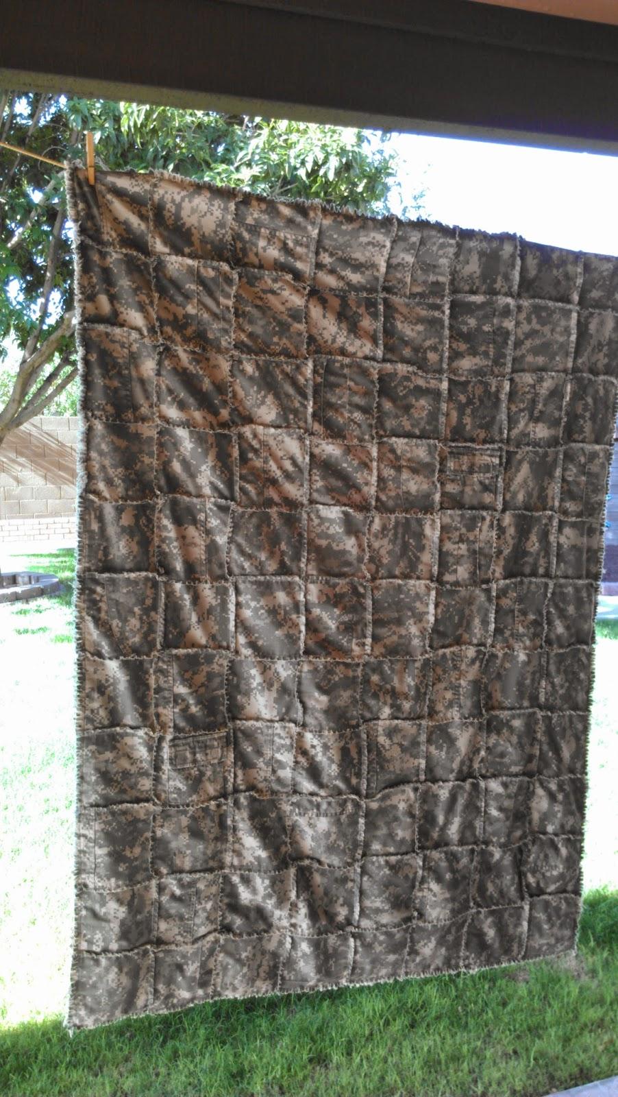 Crafty Camper Girl: My Favorite Rag Quilt........... Camo Style ... : camouflage quilt - Adamdwight.com