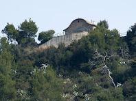 L'ermita de Sant Antoni des de la Plaça de les Bruixes