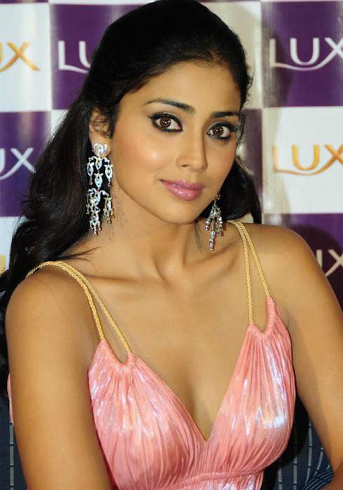 star shriya saran