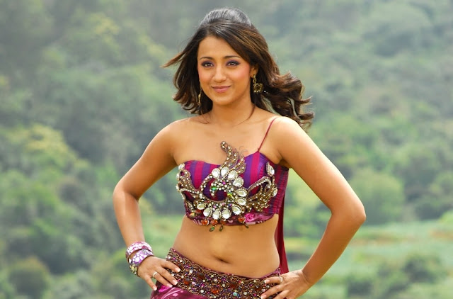 trisha on location boob latest photos