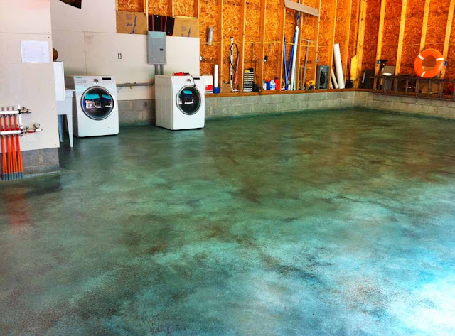 Turquoise Stained Concrete Floors : New home copper sulphate stain for concrete floor
