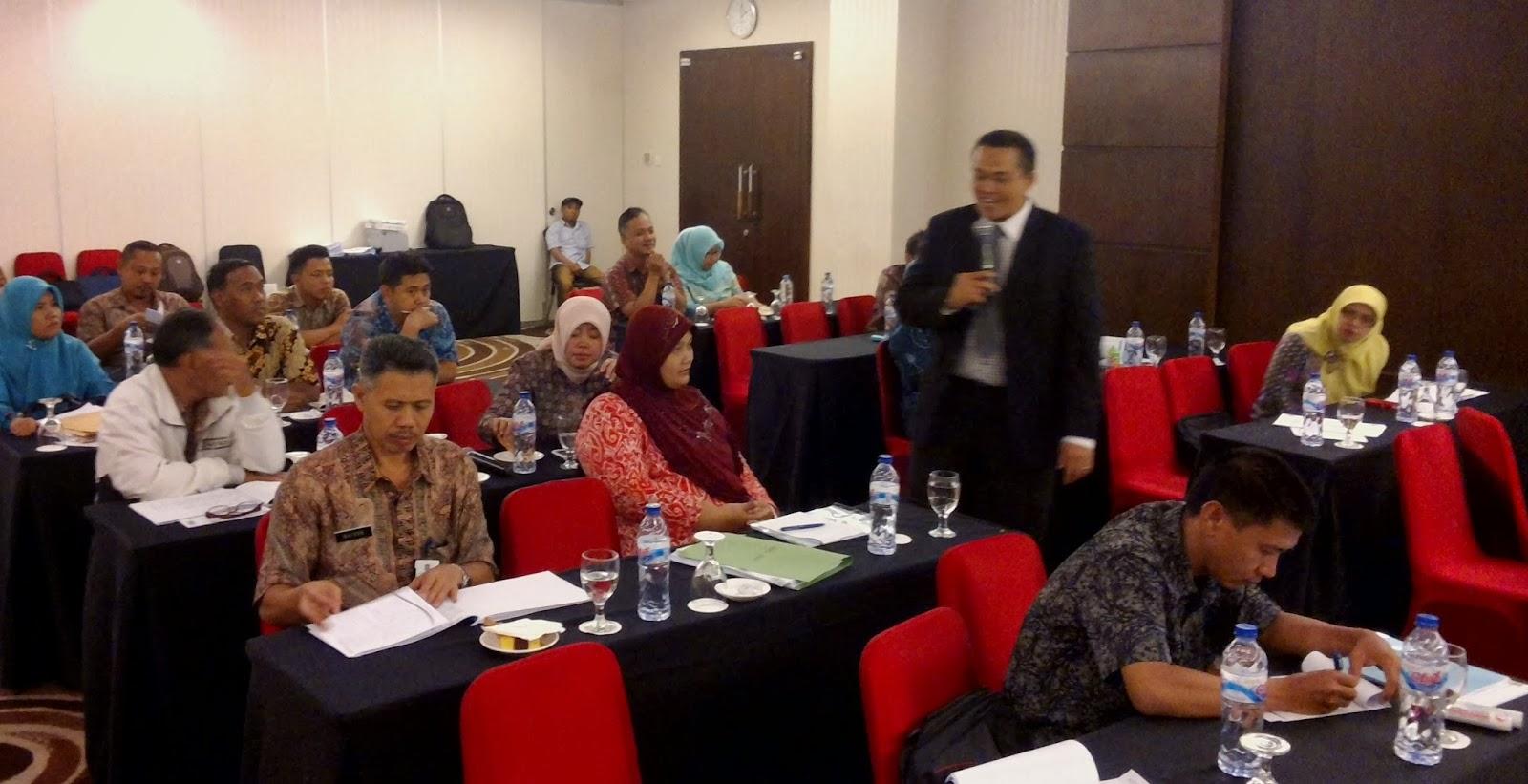 Tanya-jawab-peserta-Workshop-Administrasi-Pemerintahan