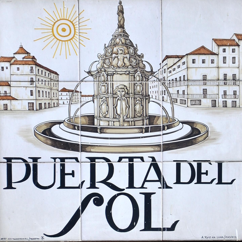 Placas e historia de las calles de madrid historia de las for Puerta del sol historia