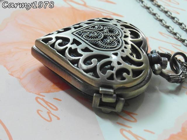 collana-con-orologio-cuore
