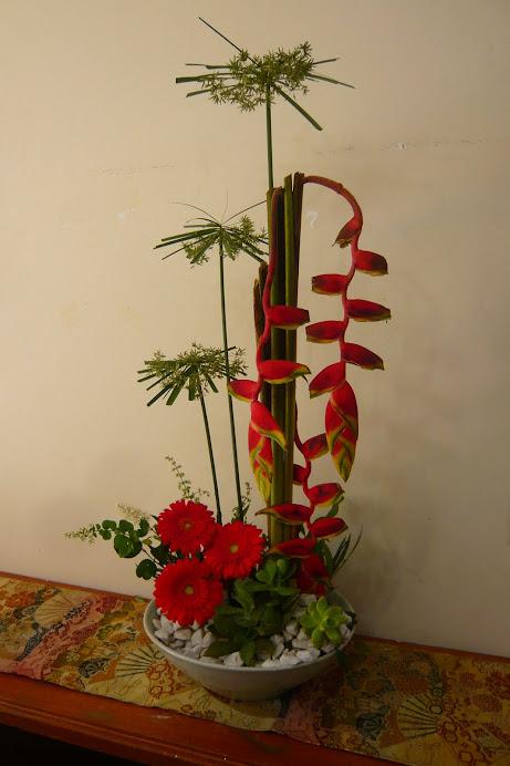 Curso de Ikebana e Arte Floral.
