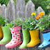 Λουλουδένιες μπότες και σκύλος...
