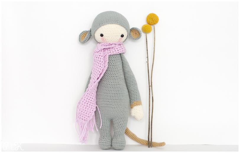 muñeca amigurumi rata