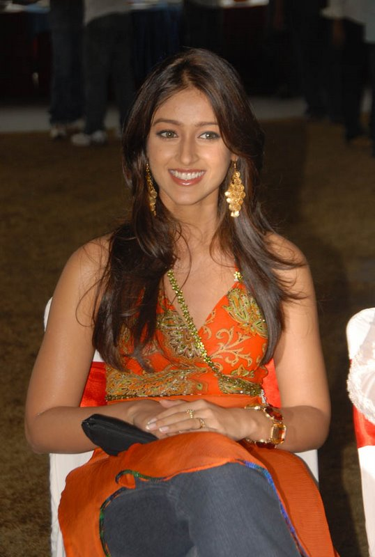 Ileana Cruz Hot Sexy Beautiful Pictures And Wallpapers