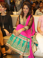 Madhu Shalini latest gorgeous looking photos-cover-photo