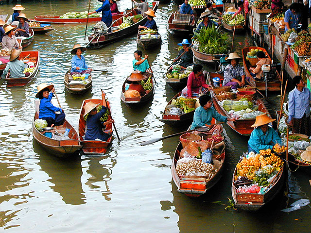 An Huu Cai Be Floating Market - Tien Giang - Vietnam