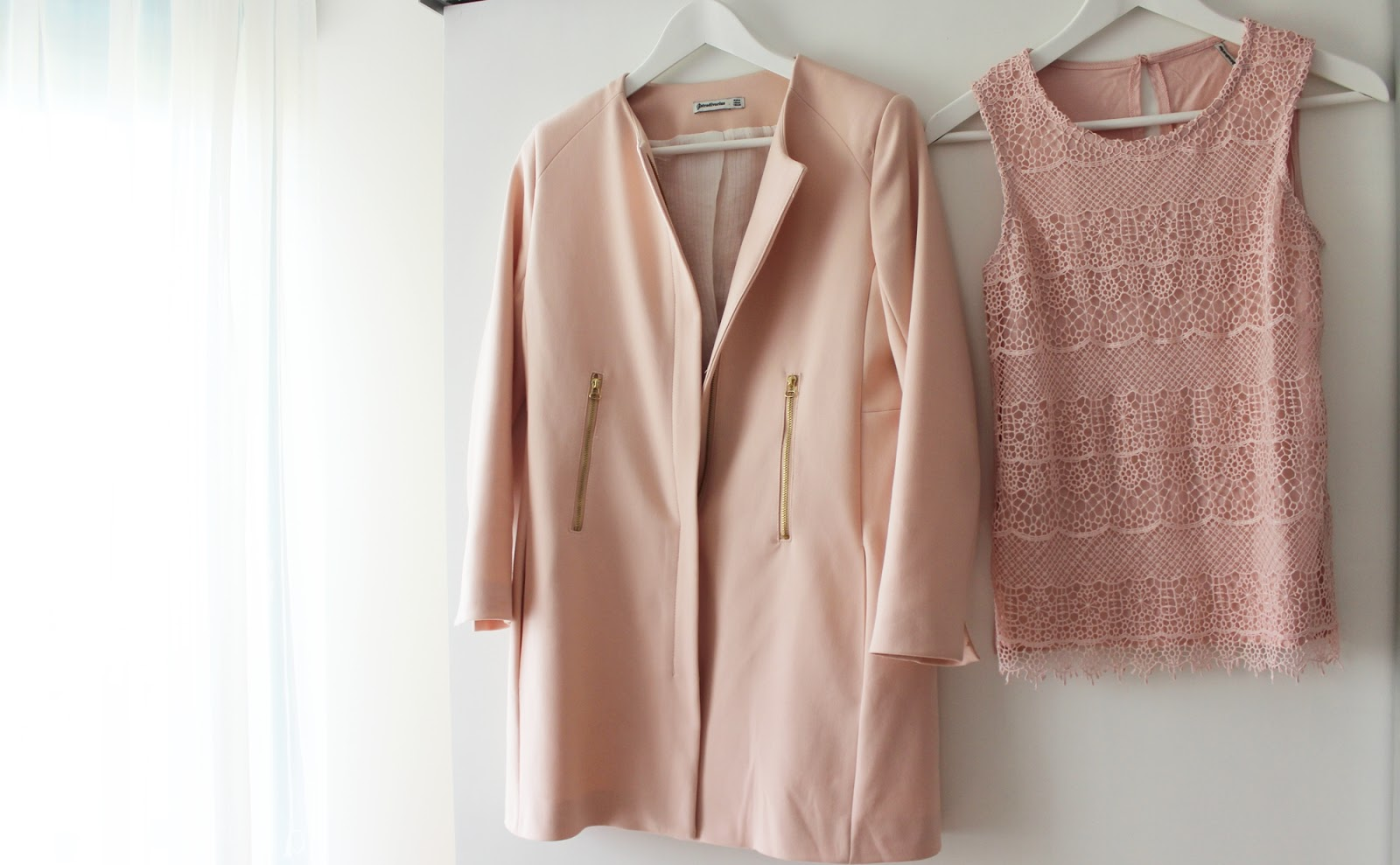 Barcelona shopping haul stradivarius zara coat apricot rose lace