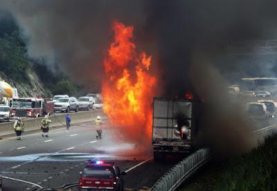 9 Kecelakaan Dekat Dengan Waktu Jatuhnya Hercules C-130 di Medan