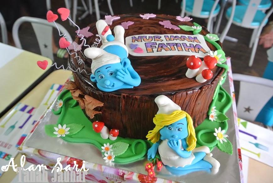 THE SMURFS CHECKERED RAINBOW CAKE... GORGEOUS GILER.. SEDAP GILER!!