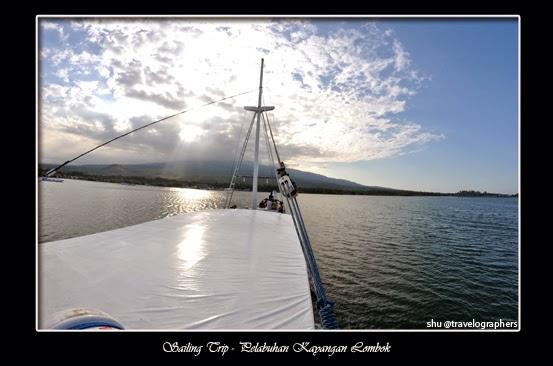 sailing trip, living on board, live aboard, lombok, komodo, flores, labuan bajo