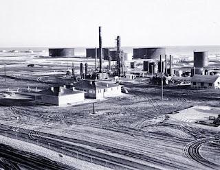 بدايه اكتشافات البترول في الجزيره العربيه 1941.jpg