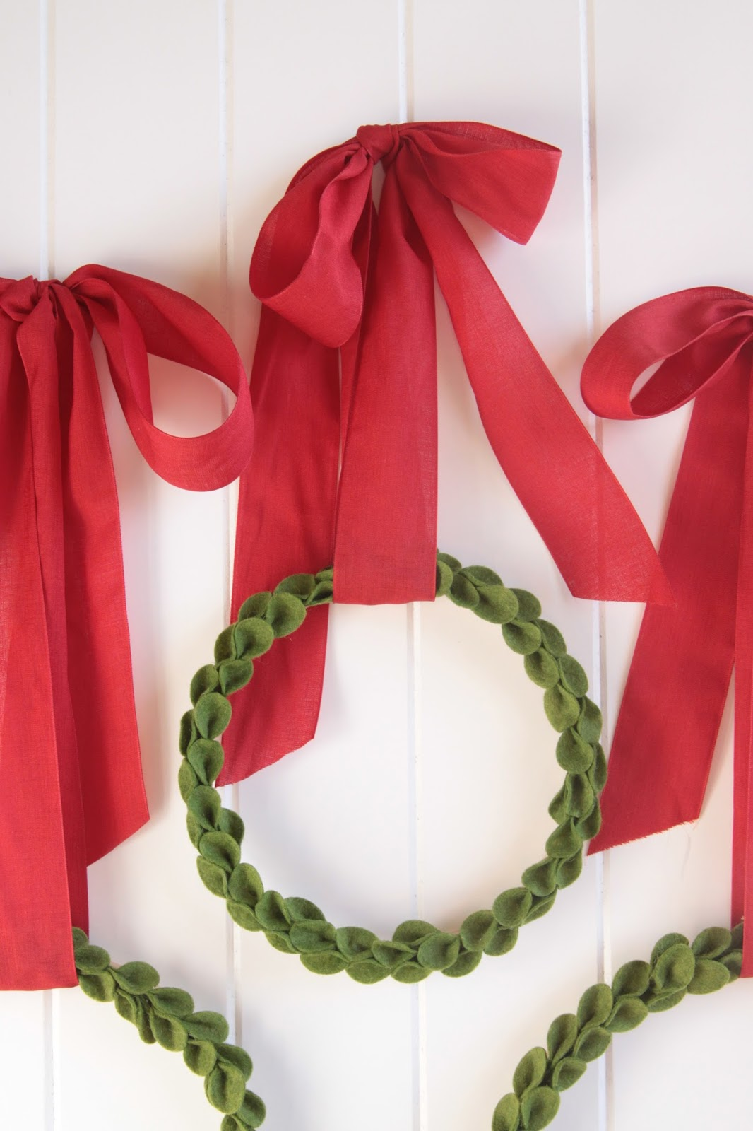 DIY Boxwood Wreath // Benzie