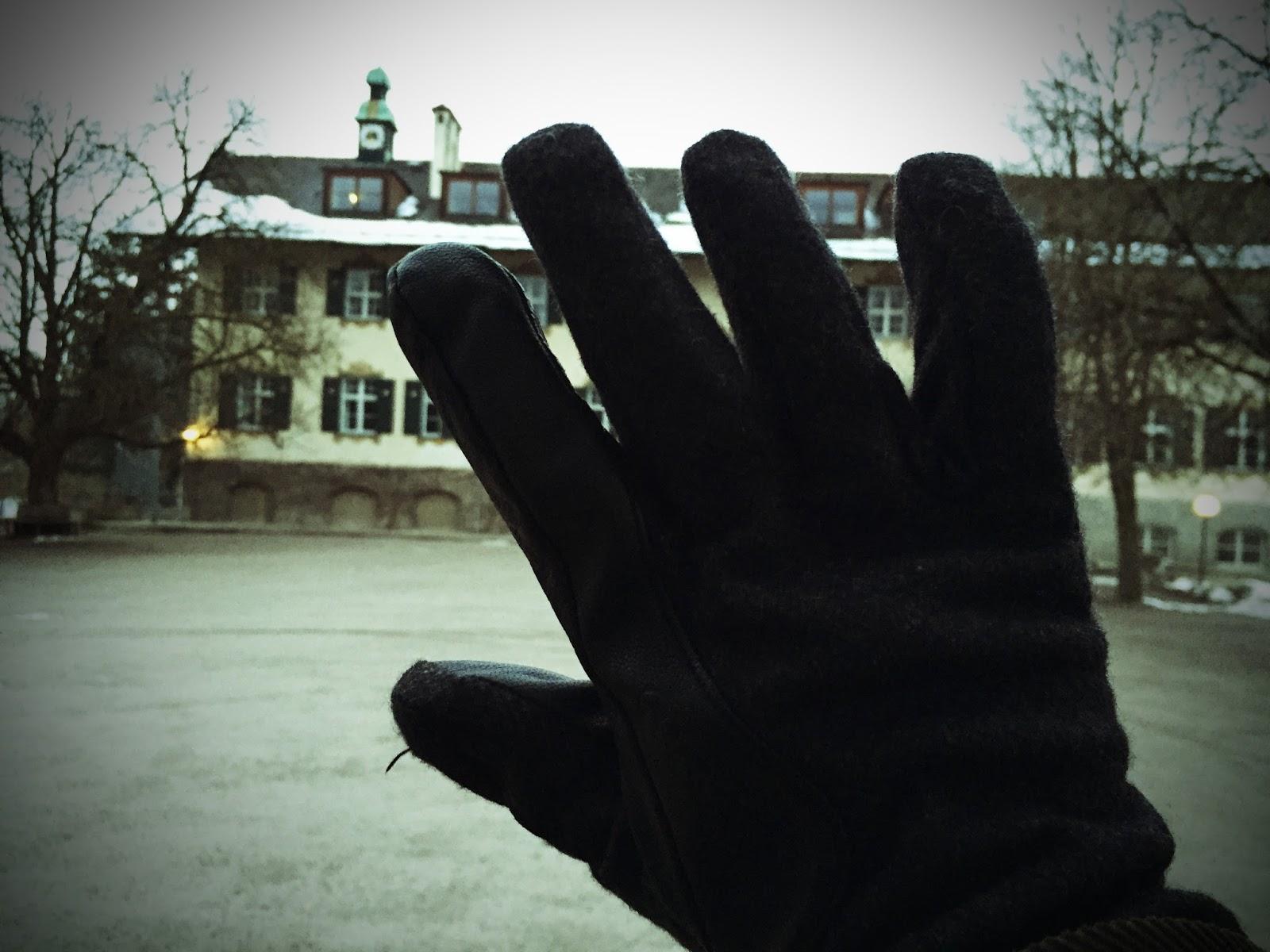 8 Millionäre, Krimikomödie in Schondorf am Ammersee