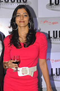 Nishanthi Evani spotted in a page 3 party wearing a short Red Dress