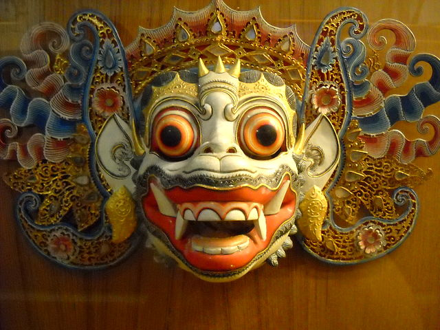"""متحف واي يانغ أو متحف """"عرائس الظل """" في جاكارتا كما يطلق عليه يضم بين أركانه مجموعات مختلفة من العرائس"""