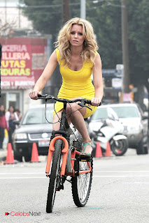 Elizabeth Banks Pictures in Yellow Mini Dress Riding a Bicycle On the set of 'Walk of Shame