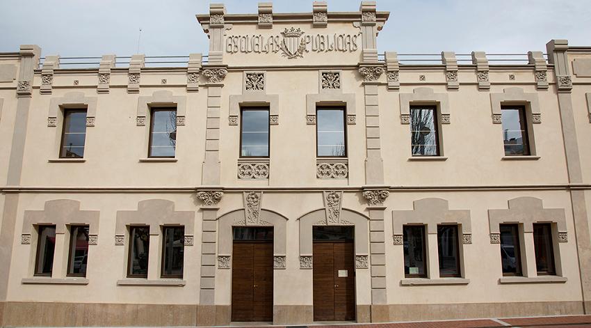 Biblioteca Municipal Ramon Bosch de Noya