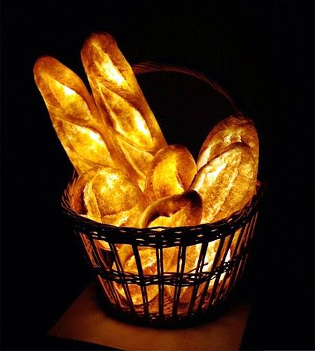 Lampu Unik Menakjubkan dari sebuah Roti [lensaglobe.com]\
