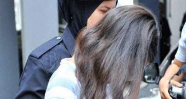 Pemuas Nafsu Gadis 15 Tahun