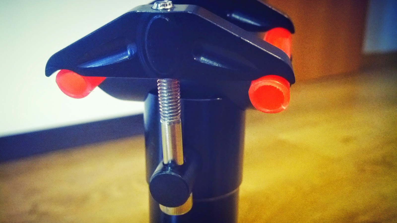 PRODUCT REVIEW: MEGA CNC seatpost from 8bar Bikes