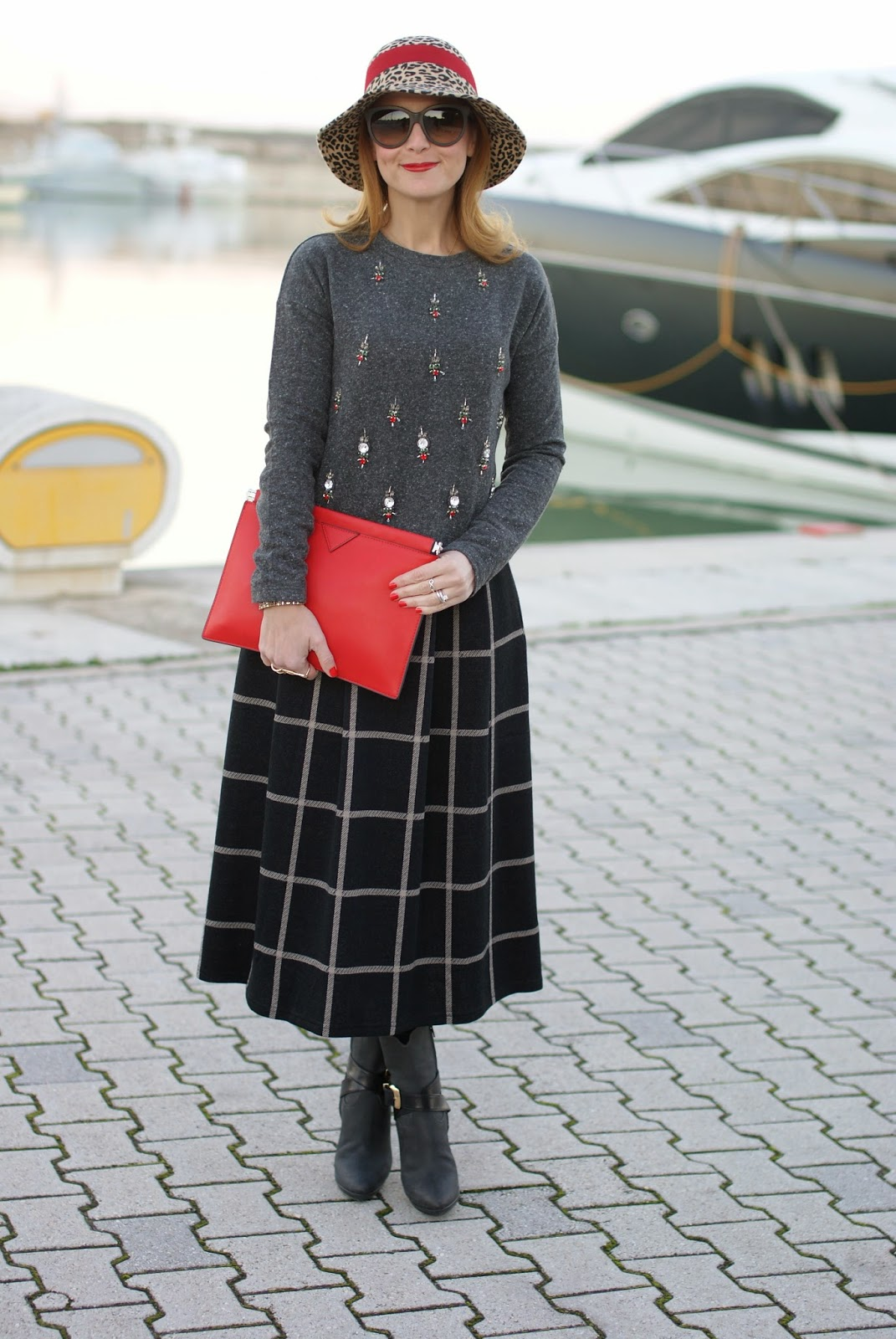 rhinestones sweatshirt, check midi skirt, red clutch, Fashion and Cookies, fashion blogger