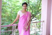 Swathi Dazzling in Pink saree-thumbnail-13