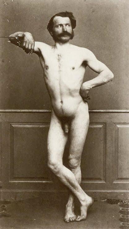 фото ретро голых людей