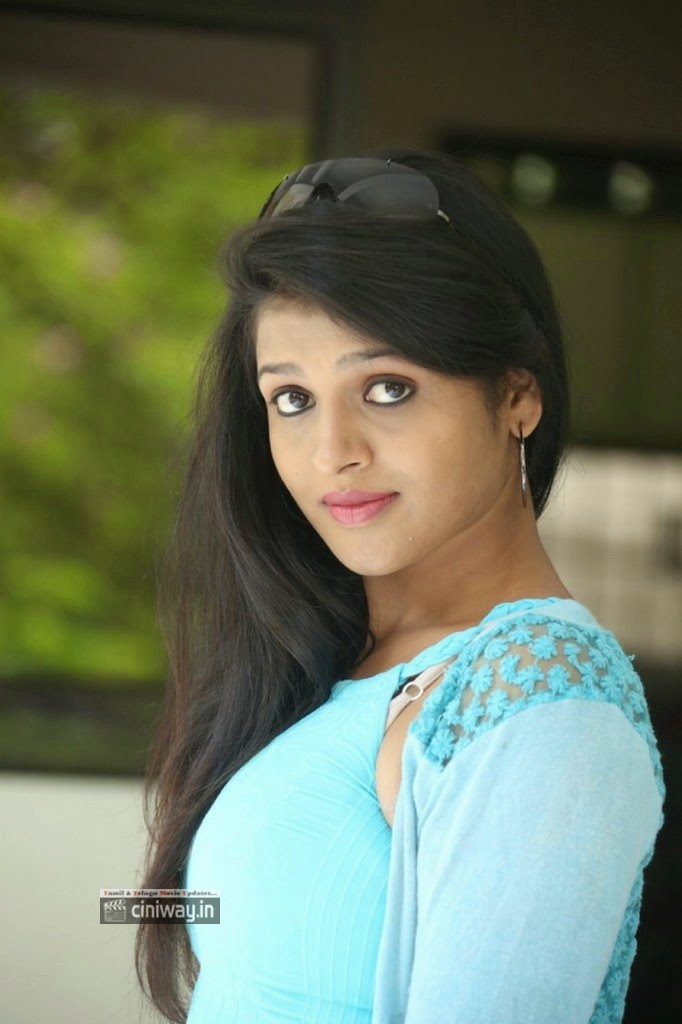 Actress-Ashwi-Stills-at-Kakateeyudu-Movie-Press-Meet