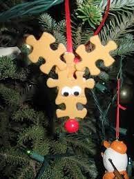 Decoracion de Navidad con Rompecabezas Reciclados