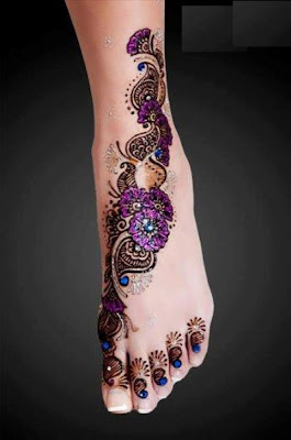 Beautiful Eid Mehndi Designs Collection Girls For Feet 2013