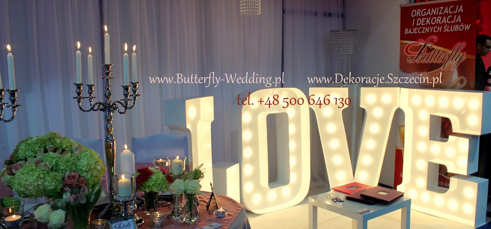 świecący napis LOVE na wesele