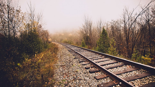 Railroad in Late Autumn HD Wallpaper
