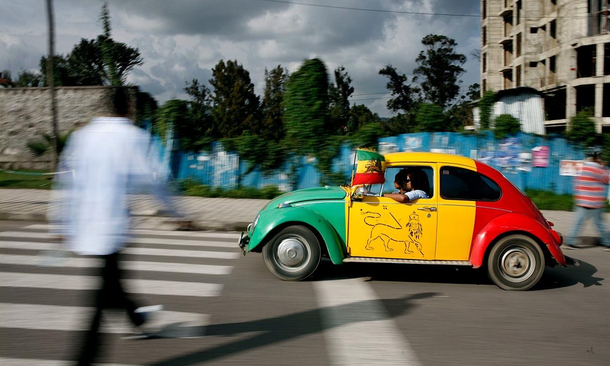 http://2.bp.blogspot.com/-N5x1p4MOlqI/Va3WUeE6MxI/AAAAAAAAL38/rqlXk2jHk1o/s1600/Ethiopian+old+car.jpeg