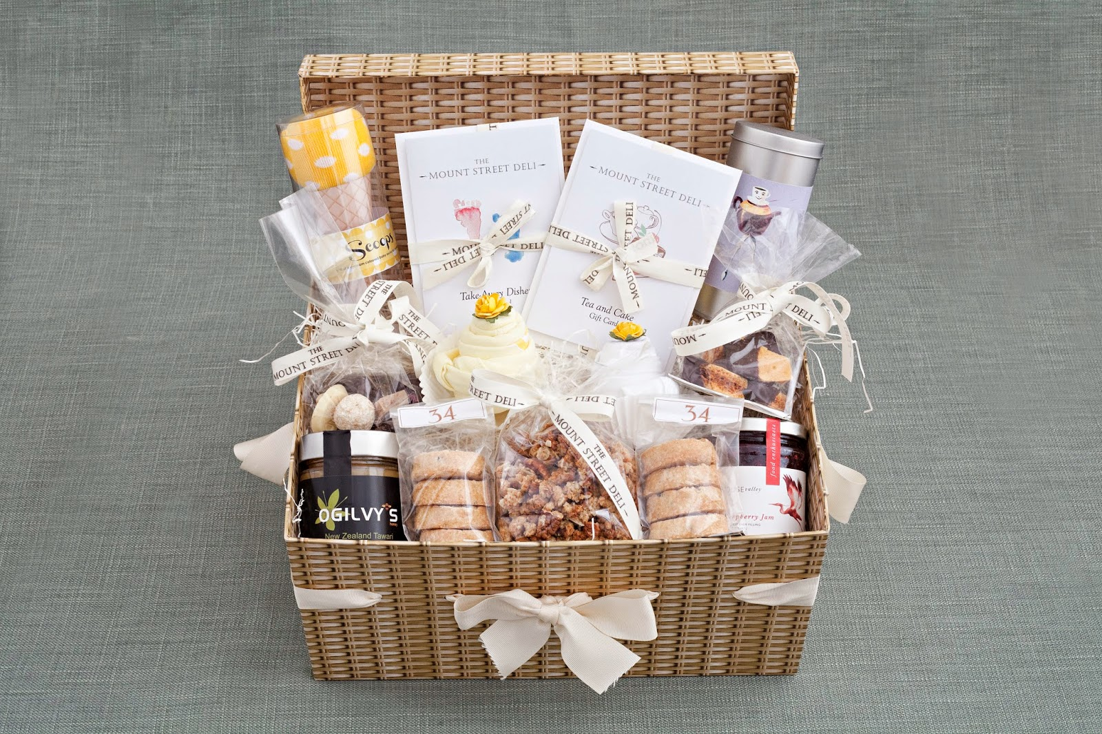 Подарки для новорожденного и мамы 171