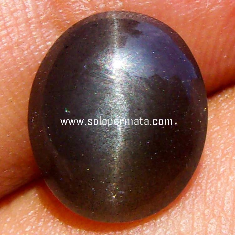 Batu Permata Silimanite Cat Eye