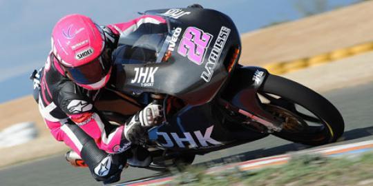 Ana Carrasco Pebalap Wanita Pertama Moto3 2013