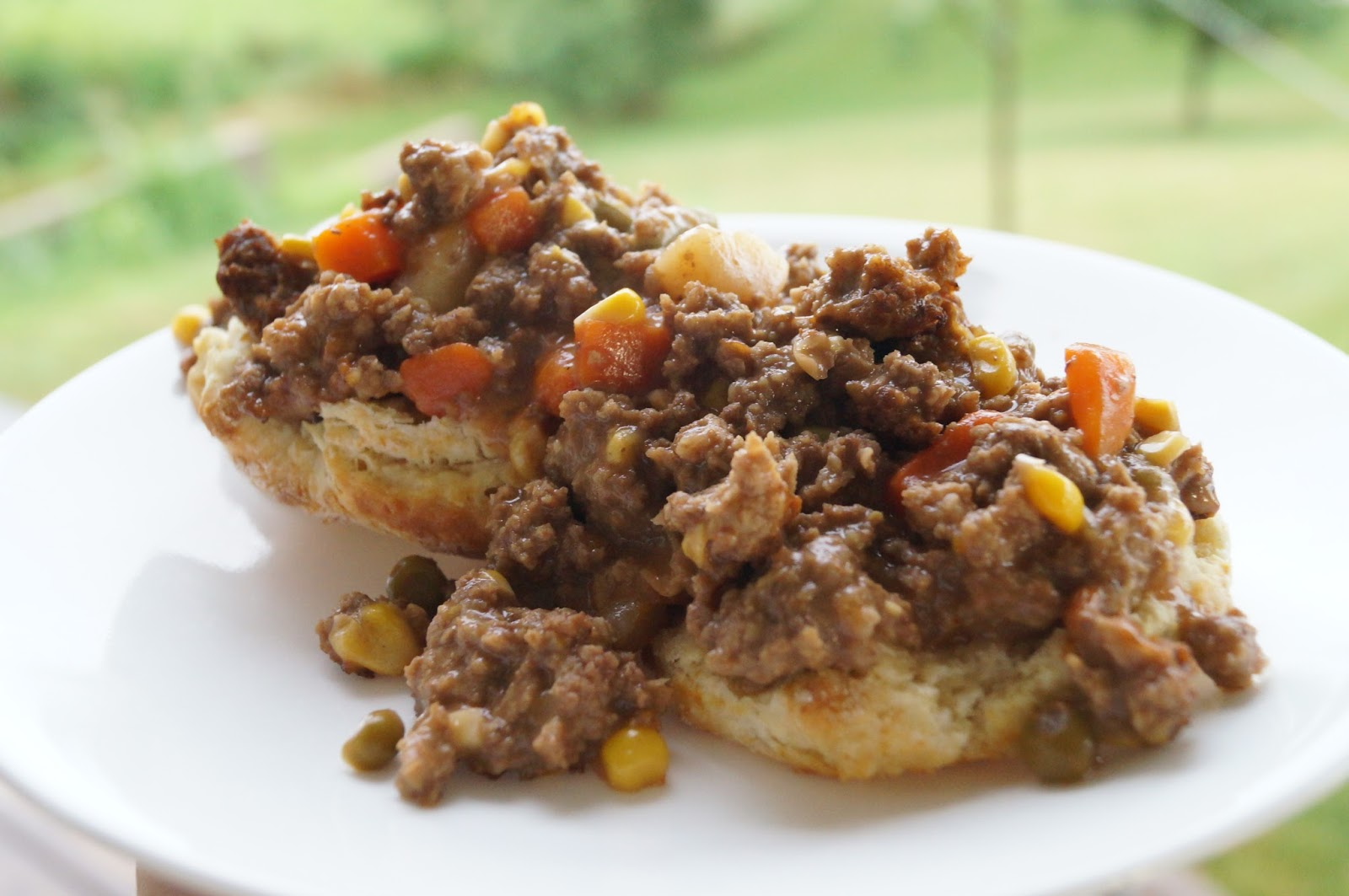 Vegetable Beef and Biscuit Casserole