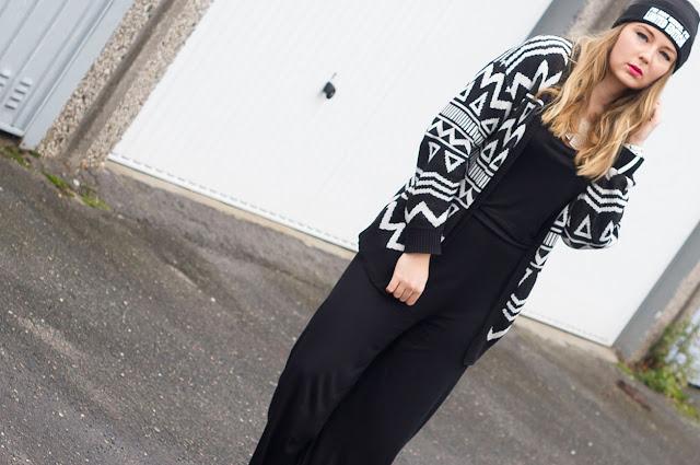 Gina Tricot, Jumpsuit, Schwarz, Navajo Cardigan, Aztec cardi, H&M sweater, triangle, limited edition, letter beanie, mütze mit spruch, Schriftzug,
