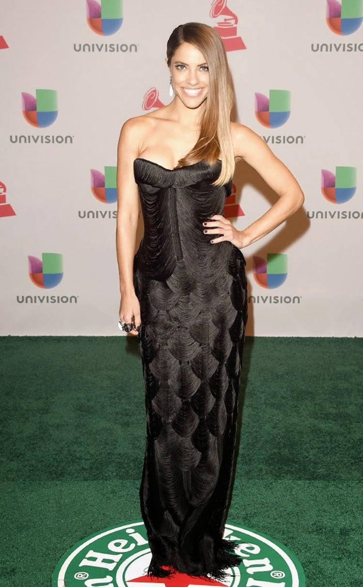 Debi Nova at 2014 Latin Grammy Awards Red Carpet Arrivals