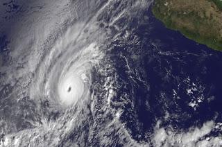 Hurrikan KENNETH Kategorie 4: Erste Satellitenbilder vom 22. November 2011, Kenneth, Satellitenbild Satellitenbilder, aktuell, November, 2011, Hurrikan Satellitenbilder, Hurrikanfotos, Hurrikansaison 2011, Nordost-Pazifik, Pazifik, major hurricane,