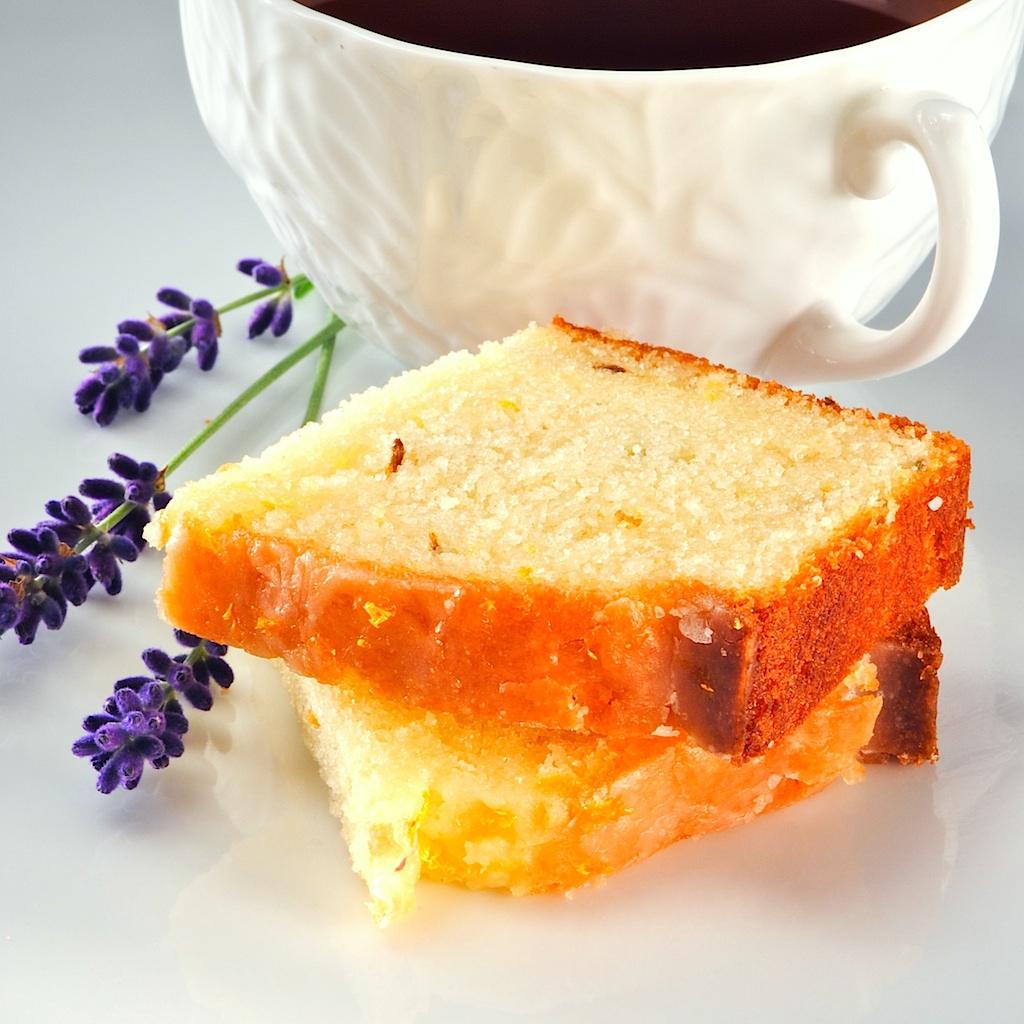 Lemon Vanilla Pound Cake With Lavender Glaze