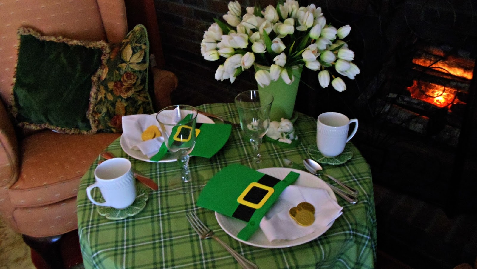Irish Table Settings Upstairs Downstairs A Day For The Irish